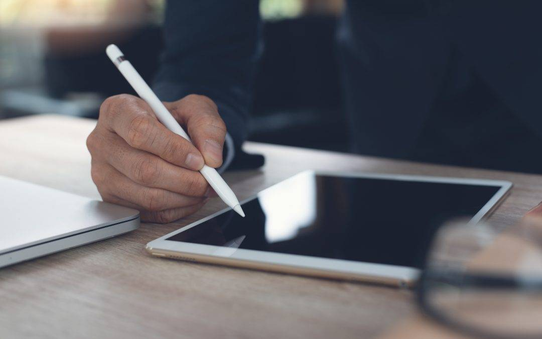 Can electronic signatures be used on a contract?